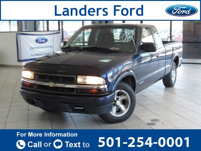 "1999 *Chevrolet* *Chevy*  *S-10* *Ext* *Cab* *123""* *WB* *LS*  180k miles $3,900 180164 miles 501-254-0001 Transmission: Automatic  #Chevrolet #S-10 #used #cars #LandersFord #Benton #AR #tapcars"