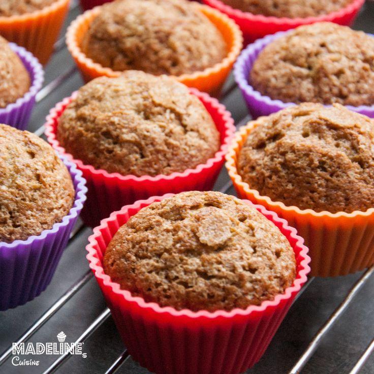 Briose cu banane / Banana muffins - Madeline's Cuisine