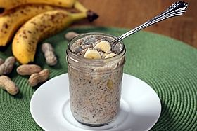 1•1/3 cup skim milk   •1/4 cup low-fat Greek yogurt   •1-1/2 teaspoons dried chia seeds   •1 tablespoon peanut butter (may substitute PB2 powdered peanut butter)   •1 teaspoon honey, optional (or substitute any preferred sweetener)   •1/4 cup diced ripe banana, or enough to fill jar (approx. half of a small banana)  1/4 cup old fash oats
