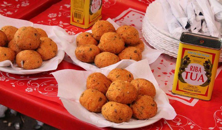 Bolinho de bacalhau, festa portuguesa, vinho barato, mercado de flores... Saiba por que passar um dia no Cadeg é um programão.