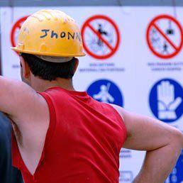 Legittimo il licenziamento del lavoratore che rifiuta di indossare le protezioni: http://www.lavorofisco.it/?p=17924