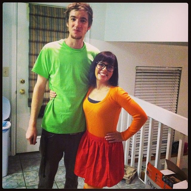 Pin for Later: 36 Couples Costume Ideas That Are Ridiculously Cheap Velma and Shaggy From Scooby-Doo