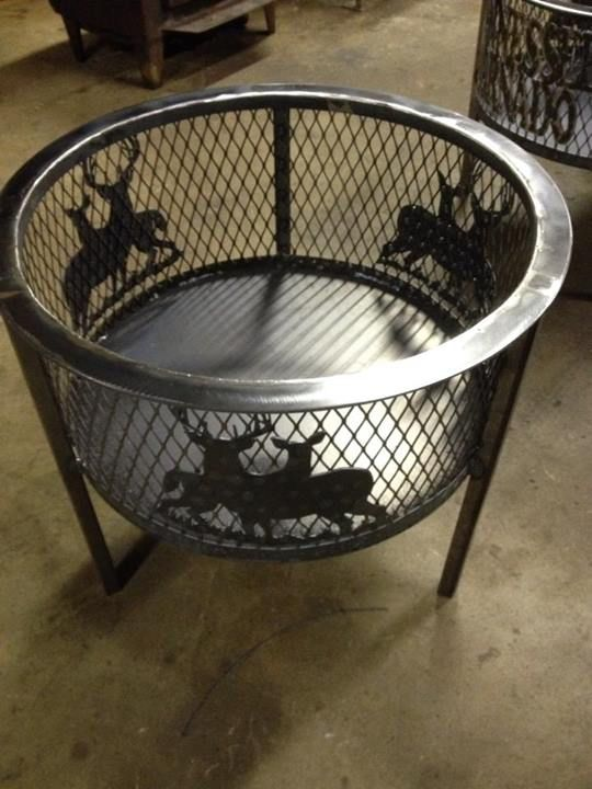 Metal Art by Twizted Steel Customs  custom made fire pits & bbq grills https://www.facebook.com/pages/Twizted-Steel-Customs  392 Garfield rd Byhalia, Mississippi 38611 Phone	(901) 849-5652
