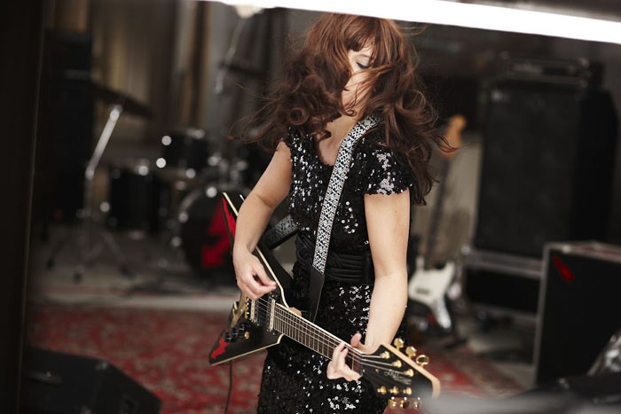 Marit Larsen, rockin' out