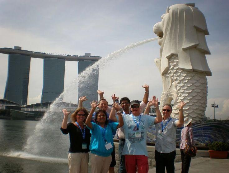Photo: Taking in the Landmarks of Singapore
