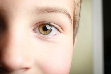 The science behind Hazel Eyes... This is my eyes color ...