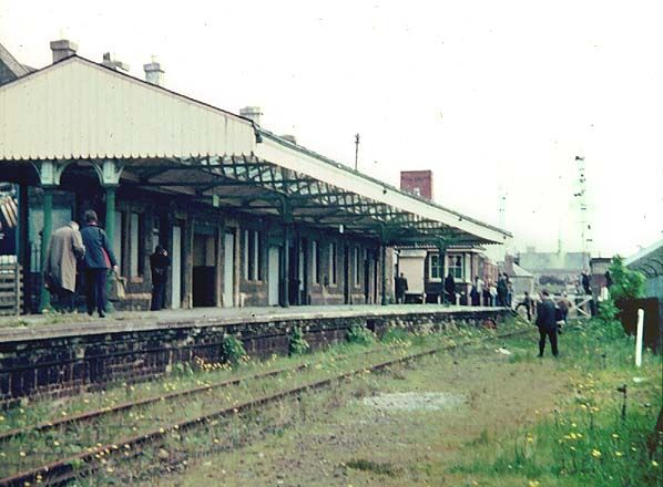 Disused Stations: Barnstaple Town Station.  went through this every time I travelled to college