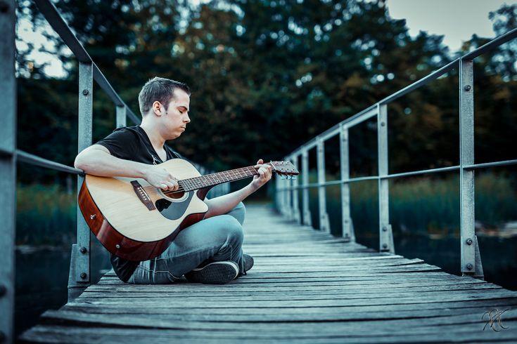 Benjamin Touet - Irgendwo anders - Neue Single - https://www.musikblog.de/2016/09/benjamin-touet-neue-single/ #BenjaminTouet