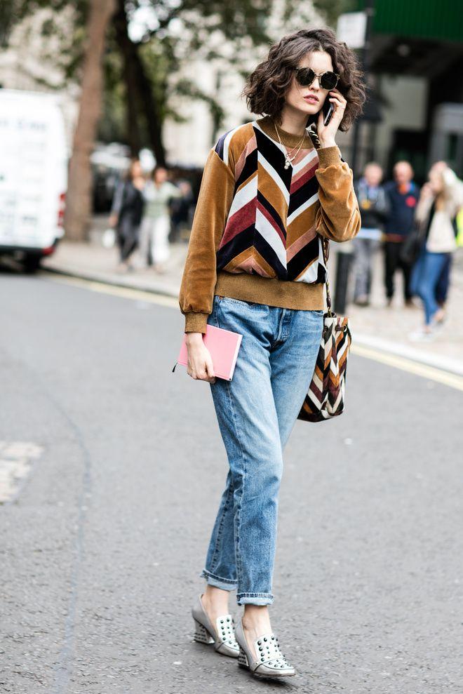 Street style à la Fashion Week printemps-été 2017 de Londres carré court wavy