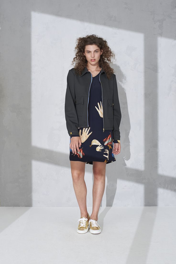 """Zip front jacket and """"hands"""" print tunic with extra long sleeves"""