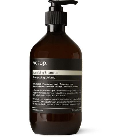 Add life and shape to fine hair with this Aesop shampoo. The formula has been designed to assist shaft separation, adding body and volume. Botanical oils including Tangerine Peel, Rosemary and Peppermint cleanse and stimulate the scalp.