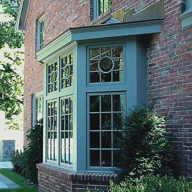 17 best images about bay window exterior on pinterest for Bay window exterior designs