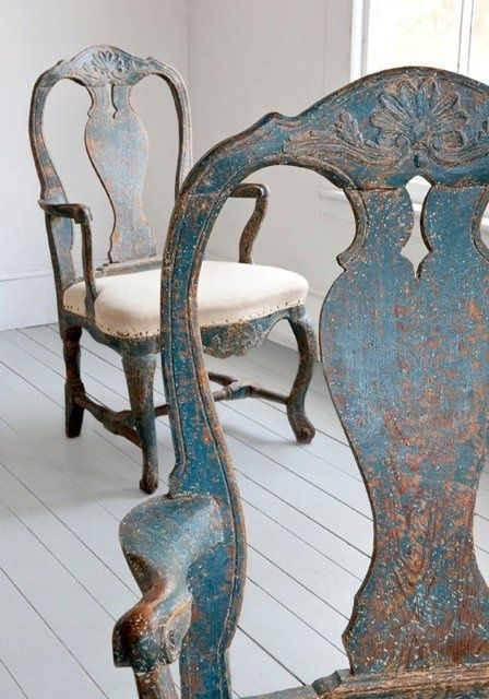 """Love this patina. I've never used this product. Easy to get """"chippy"""" like this with Miss Mustard Seed Milk Paint"""