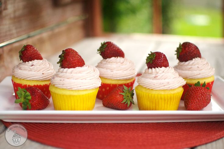 Strawberry Lemon Cupcakes - simple as that