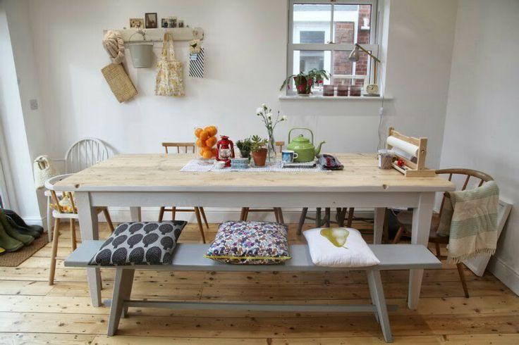 Scaffolding board table