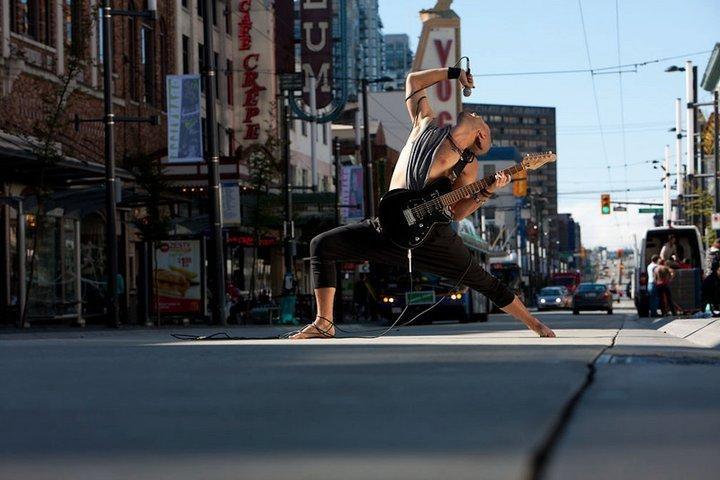 beautiful yoga, #yoga, male, guy, man, reverse warrior, Will rocks downtown Vancouver // Jordan Junck, http://www.willblunderfield.com/photos