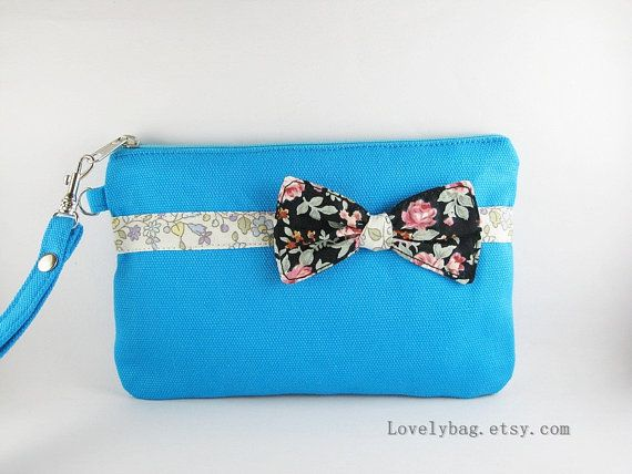 SUPER venta  turquesa arco embrague  iPhone 5 por LovelyBag en Etsy