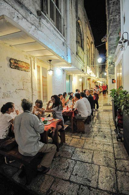 Cisternino, Apulia, Italy | I am SO going there!