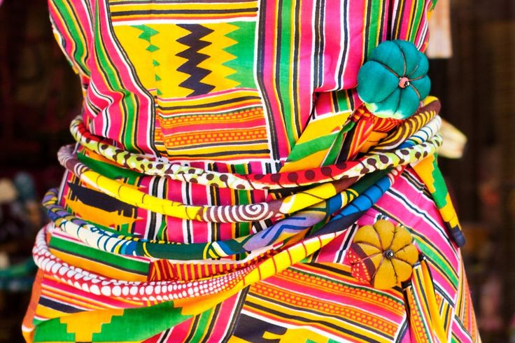 Collier ou ceinture talisman en tissu africain basin ou wax