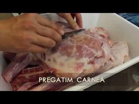 Cum se marinează corect carnea de miel, în vin și mirodenii! REȚETĂ VIDEO | Reţete | Libertatea.ro