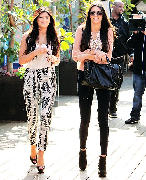 Kendall And Kylie Jenner Style Google Search Kardashian Jenners Pinterest Jenners
