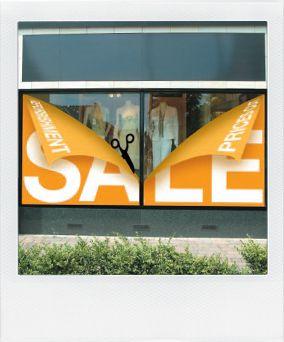 Sale window sign