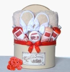 Bridesmaid gift basket idea