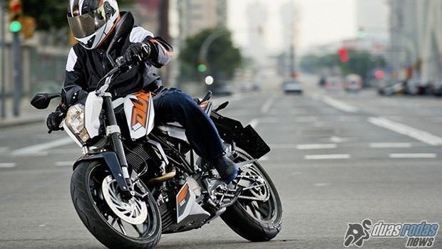 KTM oferece bônus de fábrica para linha Duke em fevereiro