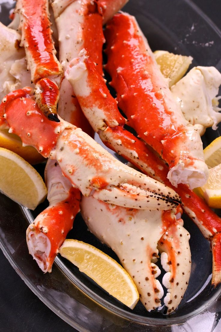 King Crab Legs with Drawn Butter - One of the easiest #crab recipe to prepare and eat... and oh, so elegant! #NewYearsEve #seafood