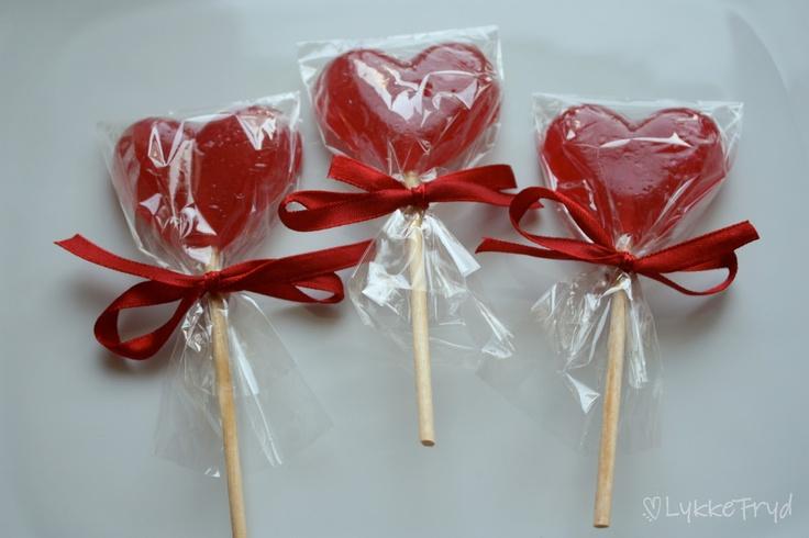 Lykkefryd: {Gjør det selv} - kjærligheter & sukkertøy...