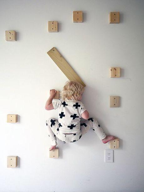 les 25 meilleures id es de la cat gorie mur d 39 escalade maison sur pinterest murs d 39 escalade. Black Bedroom Furniture Sets. Home Design Ideas