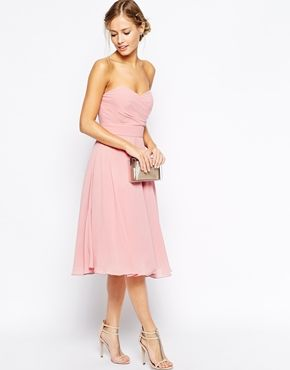 Perfect pink midi dress for the bridesmaids
