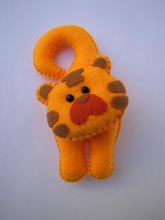 ornament craft: felt toy and gift   make handmade, crochet, craft