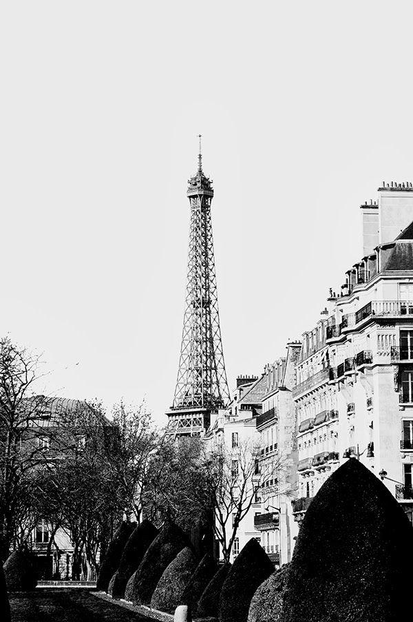 Paris mon amour Tour Eiffel  Travels  More pictures up on www.vickosdiary.com