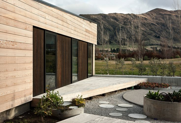 Assembly Architects Limited - Rammed Earth house, Wanaka New Zealand. Photograph by Simon Devitt. www.assembly.co.nz
