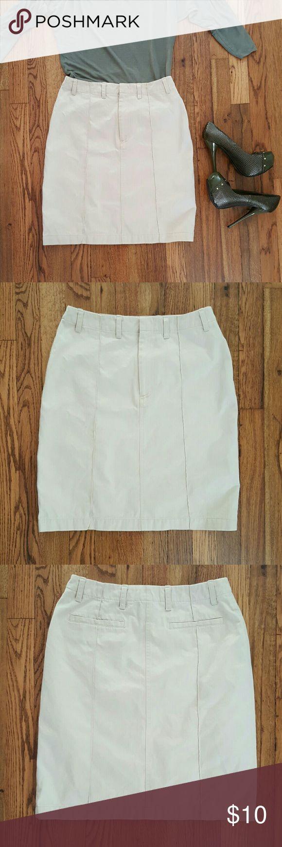 "BANANA REPUBLIC Beige Pencil skirt Straight. Knee length. 2 back pockets. 100% cotton.  Seaming details at front & back.   Waist 14"" Length 20"" Banana Republic Skirts"