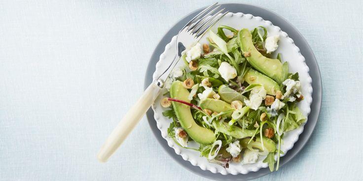 Boodschappen - Avocadosalade met hazelnoten en limoendressing
