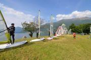 FunSurf Center organizes courses of windsurf both for beginners and advanced, for adults and for children. The center offers equipment rental (windsurf, canoes, SUP boards and sunbeds) and the sale of accessories for water sports | Funsurfcenter organizza corsi di windusurf per tutti i livelli e offre tutta l'attrezzatura necessaria per gli sport acquatici | #lake #Como #Lago #Italy #lakecomoapp #lakecomotravelguideapp #windsurf #dervio #funsurfcenter