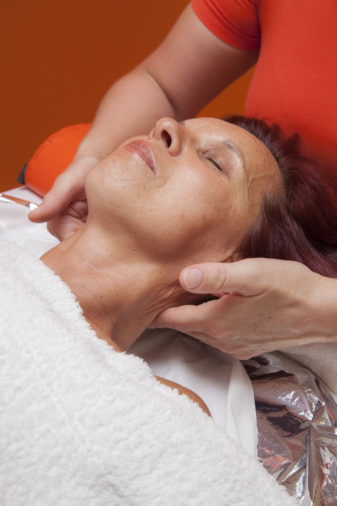 Best 25 Lymph Massage Ideas Only On Pinterest Cold