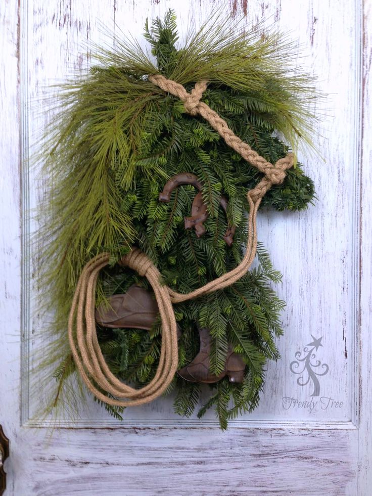 New 2016 Evergreen Horse Head Wreath tutorial. This wreath was made with a little different greenery and trim, but basically the same technique as a previo