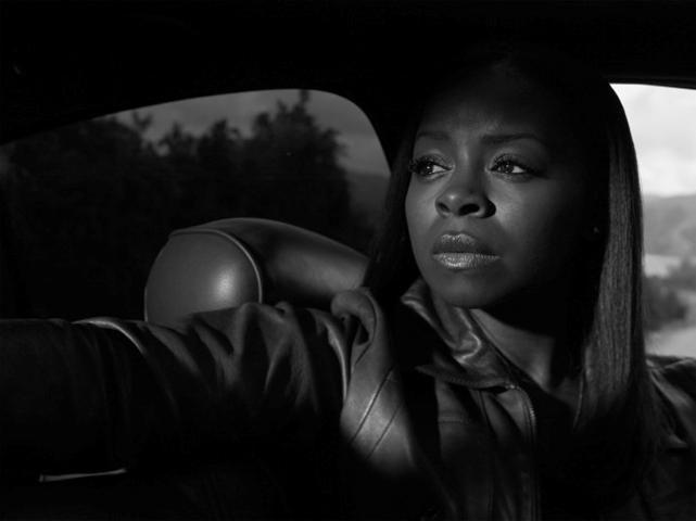 Erica Tazel as Rachel Brooks:  Justified - Season 5 Cast Photos