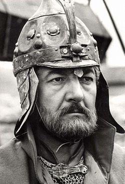 http://hu.wikipedia.org/wiki/Sinkovits_Imre DOBÓ ISTVÁN Eger várának kapitánya Várkonyi Zoltán: Egri csillagok c. filmjében      SINKOVITS  IMRE