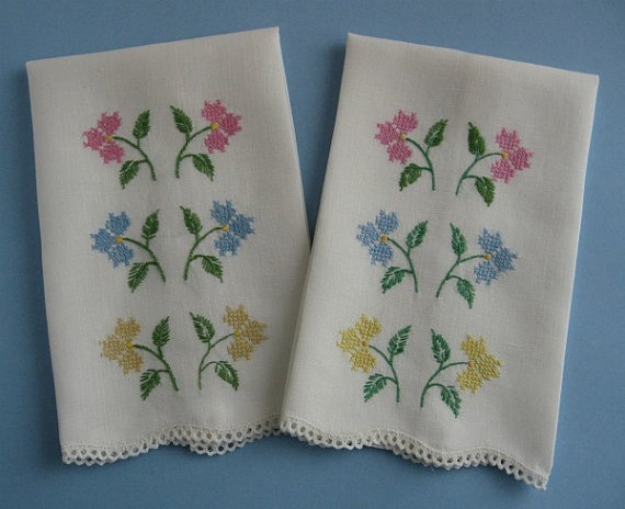 Guest Towels Vintage Pair Floral Cross-Stitch on Linen