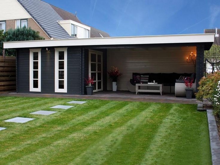 Foto: tuinschuur met overdekt zitje. Geplaatst door eefje86 op Welke.nl