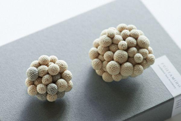 crochet brooch by Miho Fujita