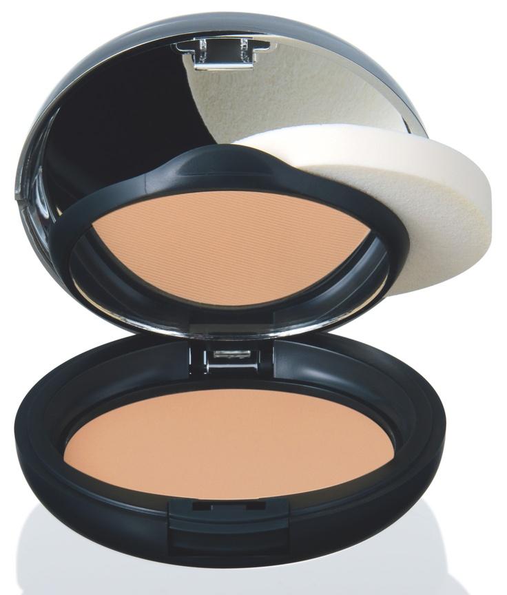 BAZA ALL-IN-ONE Podkład i puder w jednym kosmetyku. zapewnia nieskazitelne, matowe wykończenie.