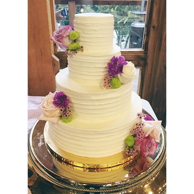 wedding cakes in new braunfels tx corkscrew buttercream wedding cake by 2tarts bakery new 24709