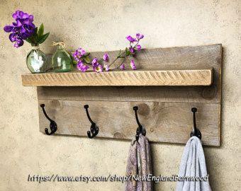 ÉTAGÈRE de salle de bain avec crochets Decor par NewEnglandBarnwood
