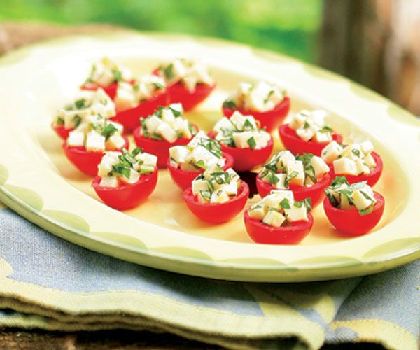 Cherry tomatoes stuffed with mozzarella basil recipe for Appetizers to make at home
