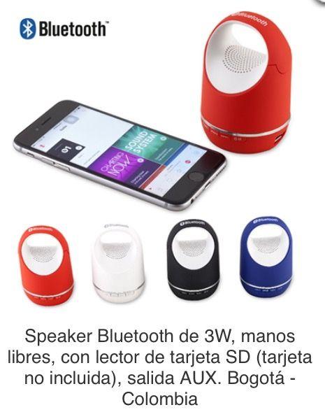 Speaker Bluetooth de 3W, manos libres, con lector de tarjeta SD (tarjeta no incluida), salida AUX. Tipo de Producto: IMPORTADO. Medidas: 9.5 cm x 5.8 cm diámetro. Área de Marca: 3 cm  Técnica de Marca: Tampografía Colores Disponibles: Azul, Blanco, Negro y Rojo.